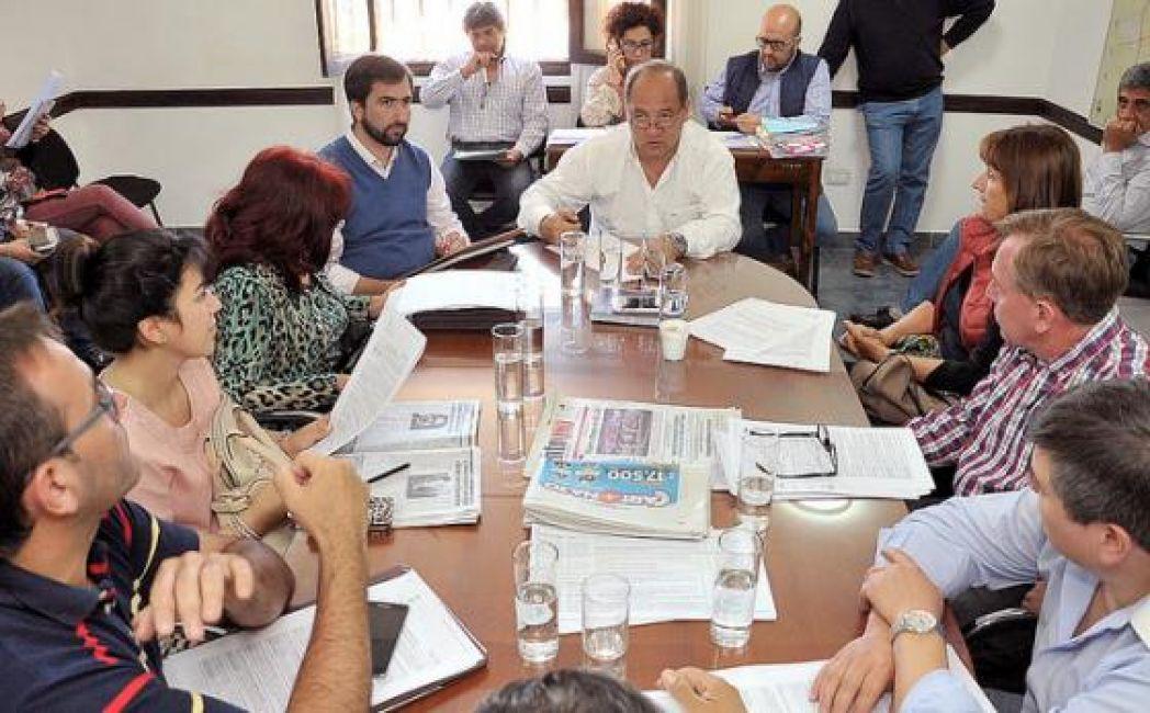 Legislativas sesiona hoy el concejo deliberante de salta for Noticias del espectaculo del dia de hoy argentina