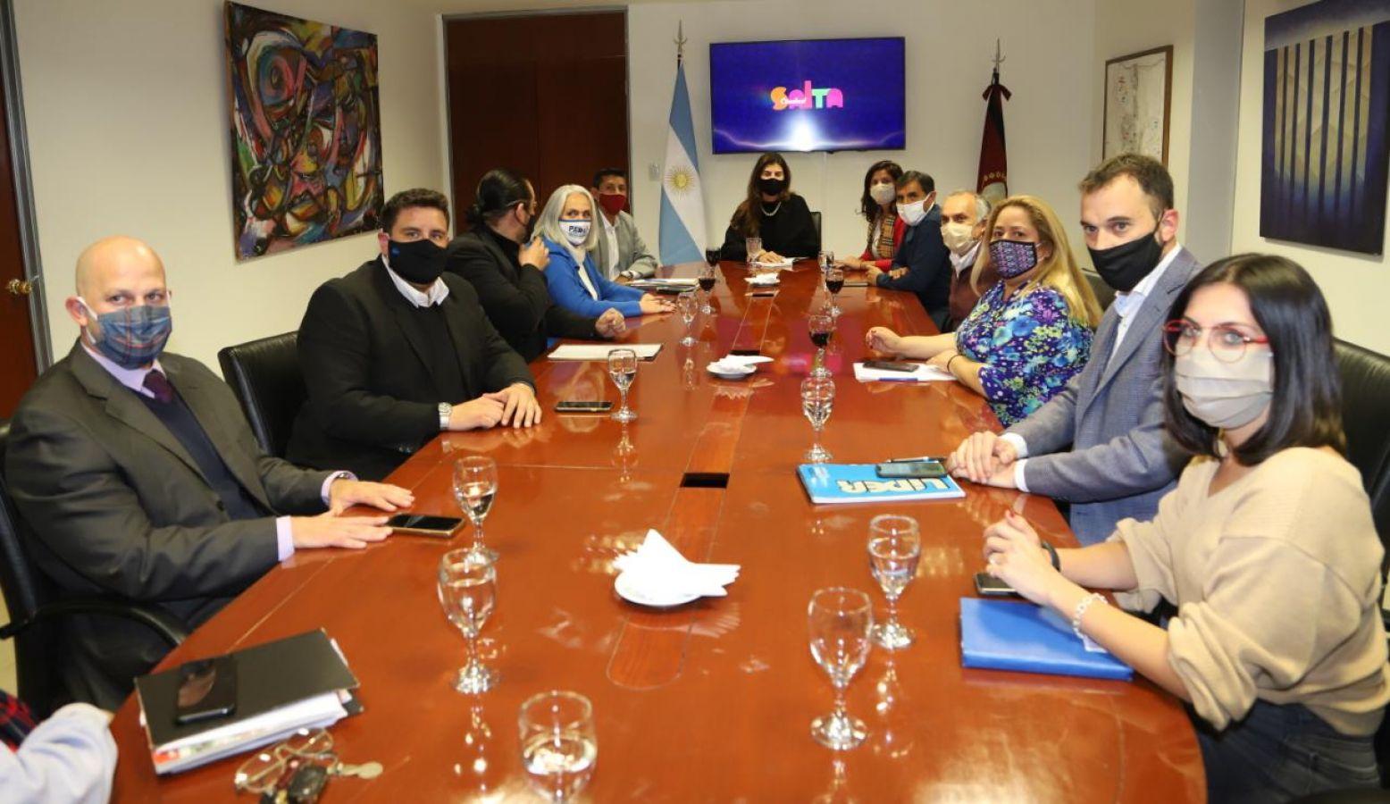 bettina concejales concejo dialogo ediles