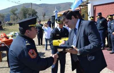 Se inauguró en La Caldera la obra de refacción de la División Lacustre y Fluvial.