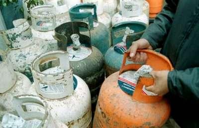 En barrios de la Capital salteña sigue la venta de la garrafa social