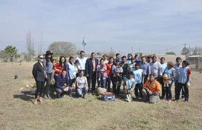 Las familias de El Palenque tienen su primera plaza después de 15 años