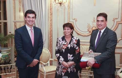 Urtubey invitó a empresarios suizos a invertir en Salta