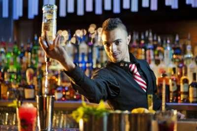 De 10: comenzó el curso de Bartender en Artes y Oficios