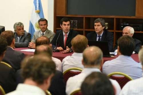 Consenso Fiscal: Urtubey se reunió con los Intendentes de Salta