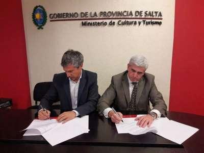 Provincia y municipio firmaron un convenio de promoción y desarrollo turístico