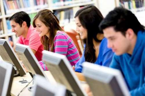 El Gobierno reconocerá hoy a alumnos destacados del 2017
