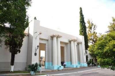 Por fumigación no abrirá el cementerio de la Santa Cruz el lunes 21